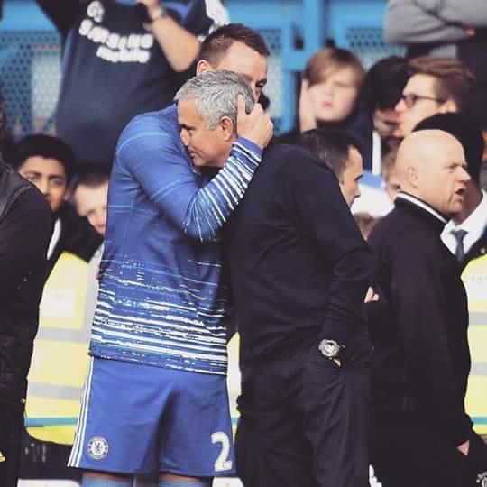 Chelsea spank United 4-0