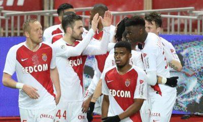 Fabregas scores in Monaco's first win in seven league games