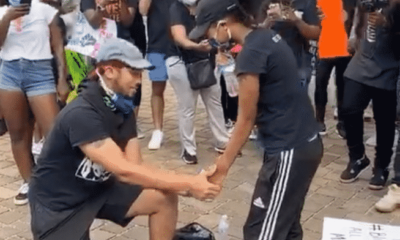 #BlackLivesMatter: Man proposes to girlfriend amid protest
