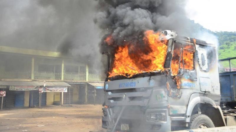 Dangote Truck ablaze Ogun