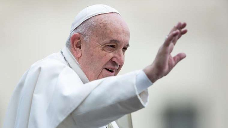 Pope celebrates Mass for Nigerian refugees, others