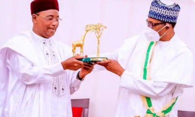 Niger president Issoufou, Buhari, 'Grand Cross of the National Order of Niger', Hausa, Kanuri, Fulfude, Grand Croix Des Ordre National Du Niger