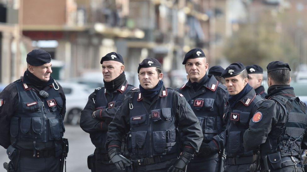 Italian police nab suspected mafia boss while having Easter dinner