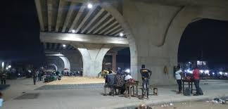 Beggars, hoodlums take over Pen Cinema Bridge two months after completion