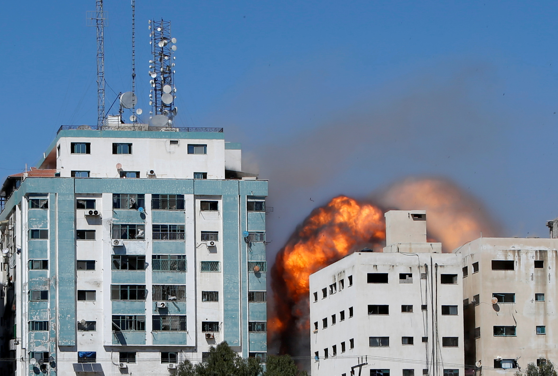 Israel-Gaza conflict continues amid airstrikes, rising death toll