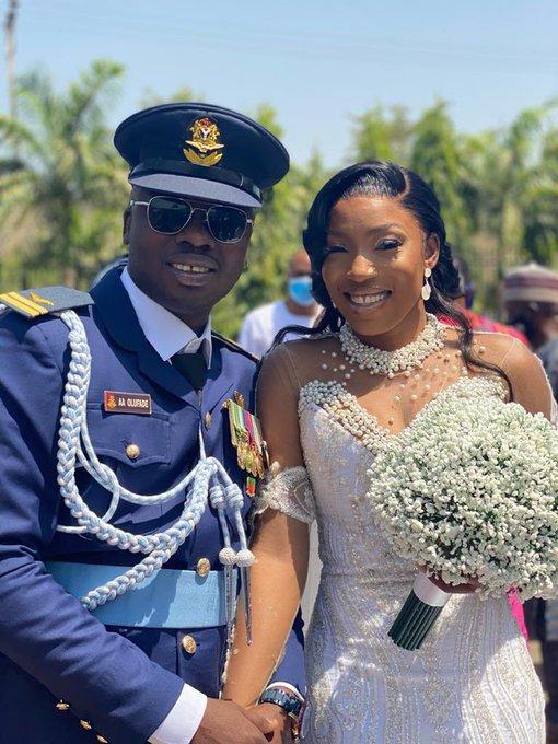 Lt. Alfred Ayodeji Ol wife NAF Pilot Attahiru CoAS military plane crashufade