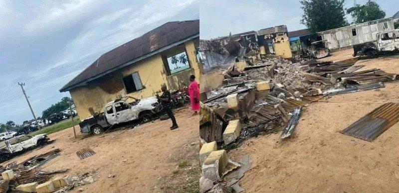 Delta Police STation razed hoodlums gunmen