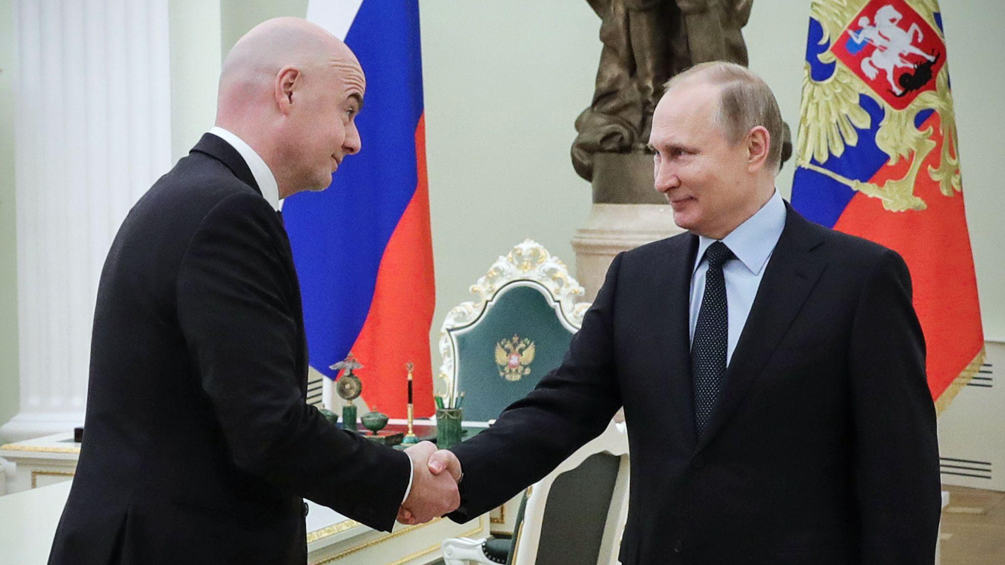 Putin Infantino FIFA
