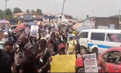 Ibadan residents protest DSS raid on Sunday Igboho's house