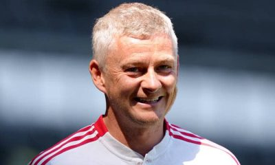 Solskjaer signs new Man United contract
