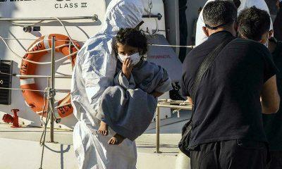700 rescured along Mediterranean